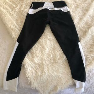 Zella Black and White Yoga Pants